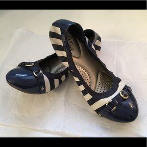 Dexflex Comfort Women's Shoes